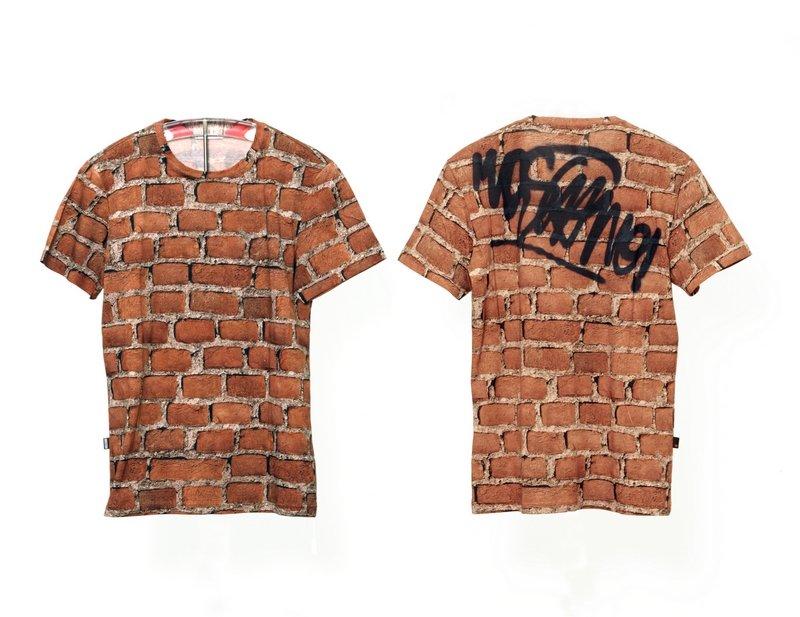 Moschino Jackett und T-Shirt, Mailand, Herbst/Winter 2012/2013, Vorder- und Rückansicht Eigentum der Stiftung für die Hamburger Kunstsammlungen Foto: Maria Thrun