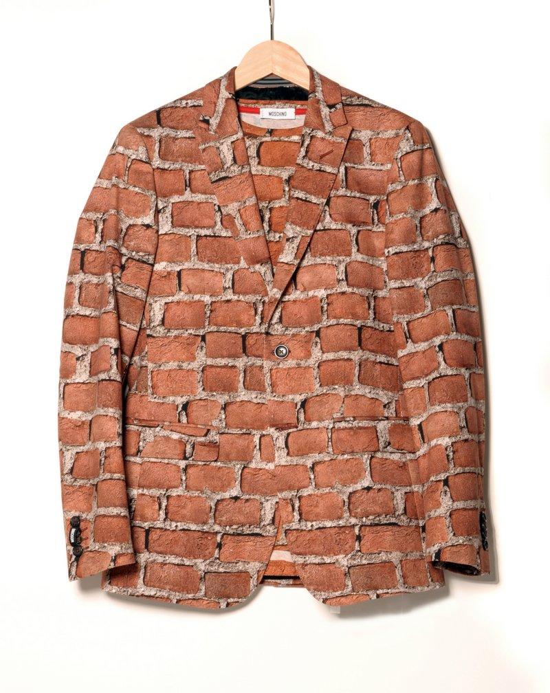 Moschino Jackett und T-Shirt, Mailand, Herbst/Winter 2012/2013 Eigentum der Stiftung für die Hamburger Kunstsammlungen Foto: Maria Thrun
