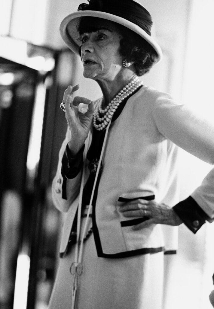 Douglas Kirkland Chanel im Atelier, 1962 © Corbis Images Bd.-Nr. 42-32149952