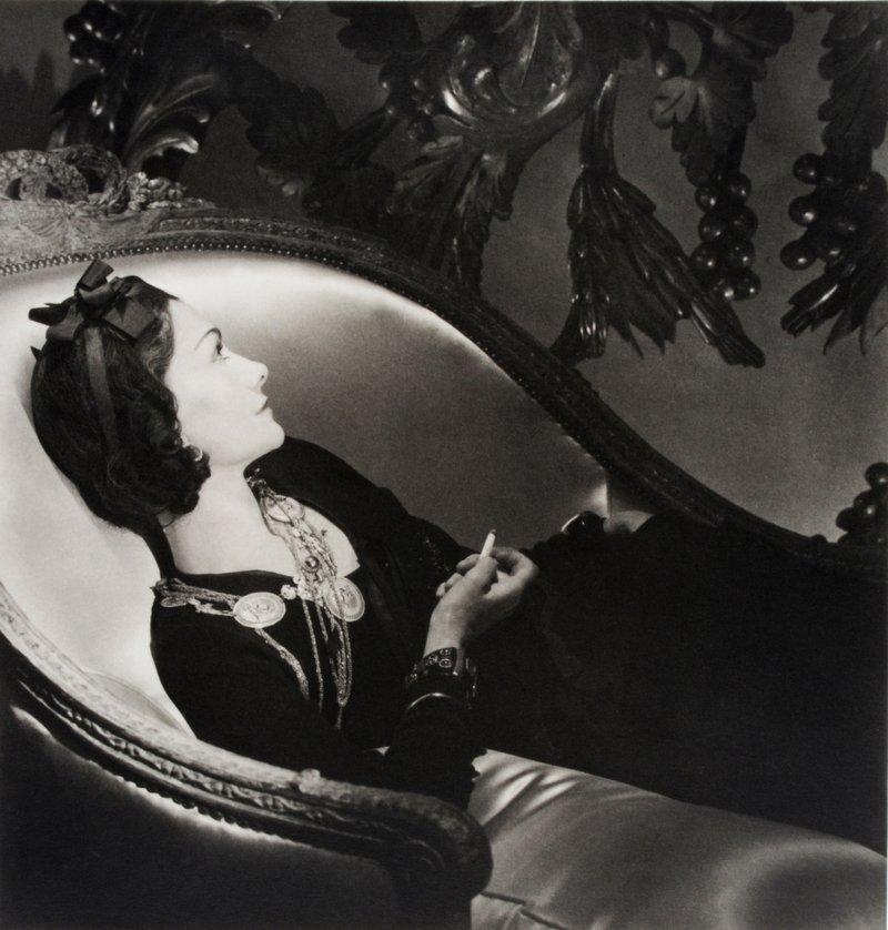 Horst P. Horst Coco Chanel, 1937 Silbergelatine Museum für Kunst und Gewerbe Hamburg
