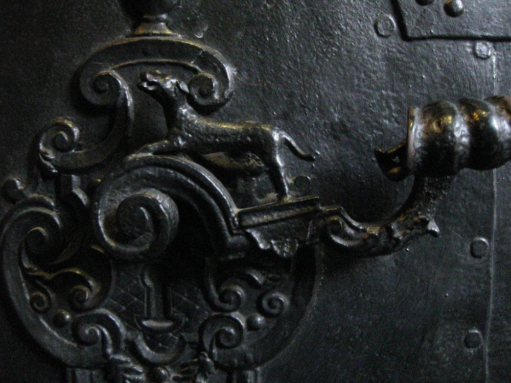 Türklinke, gefunden an einer der zahlreichen Kirchentüren in der Prager Altstadt