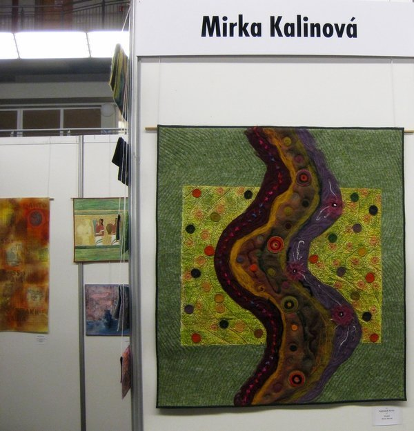 Mirka Kalinova (CZ): Wool Waves