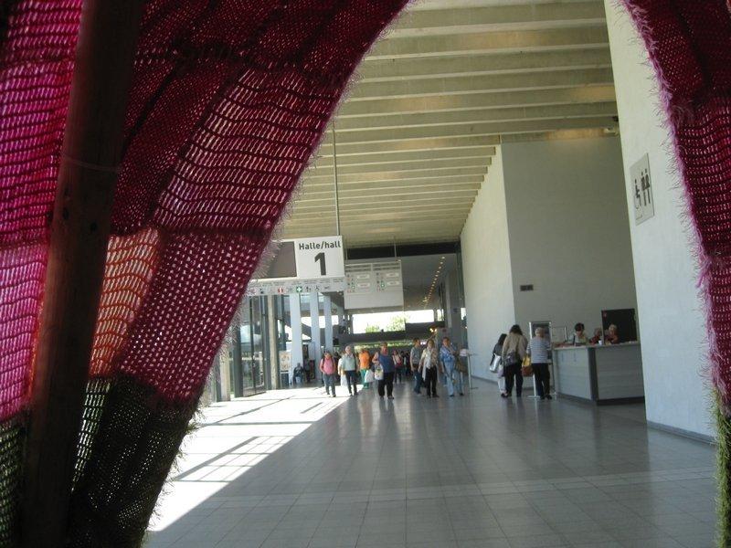 Blick aus dem Tipi - Installation von Ute Lennarz-Lembeck