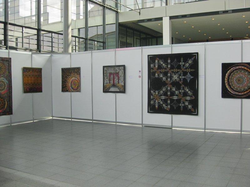"Ausstellung ""Kaleidoskop Quilts"" von Paula Nadelstern (USA)"
