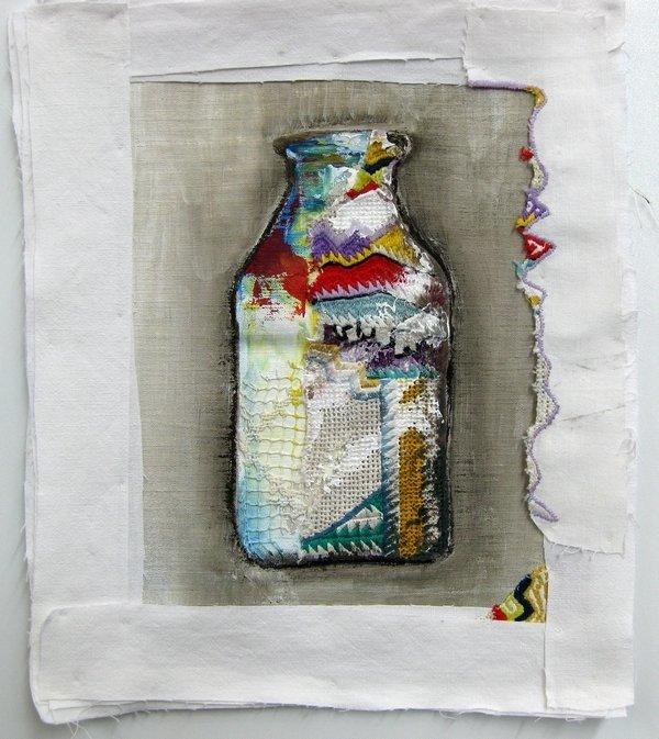 """Ausstellung """"Aus der Küche"""": Anne Guibert-Lassalle (FR) & Zwaila (AF): Milk Bottle"""