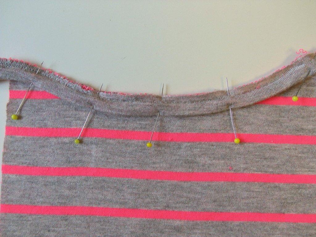 Kantenband Halsauschnitt