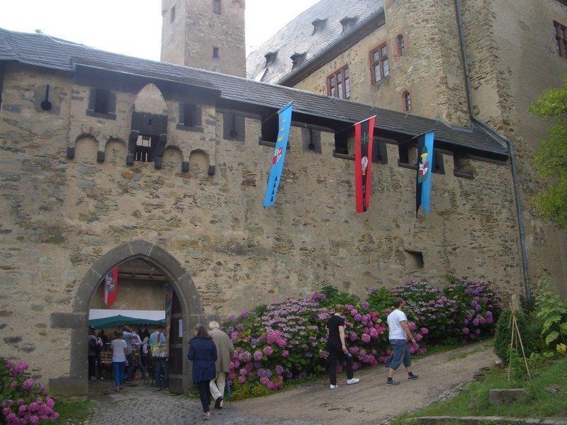 Feiern auf der schönen Burg Foto: J. Briehn