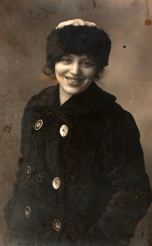 Zofia Lubańska-Grzymała (verh. Stryjeńska) Fotografie, 1915 © Privatbesitz, Schweiz