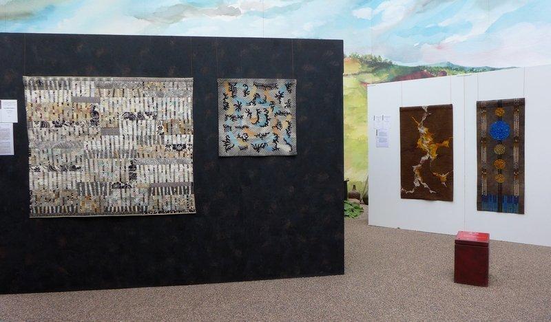 Blick in die Ausstellung 'Das Europäische Patchwork Treffen und seine Künstlerinnen von 1994 bis 2014′ xxx