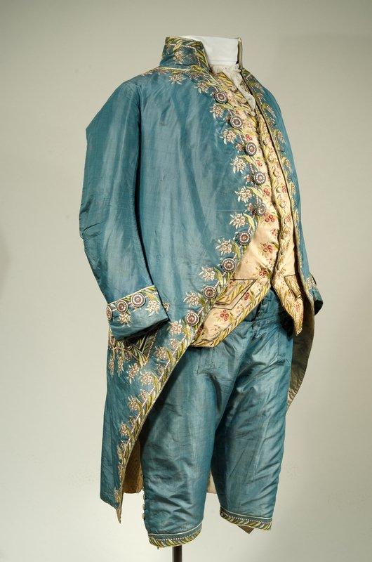 Seidener Herrenanzug (habit habillé) Italien (?), um 1790 © Bayerisches Nationalmuseum