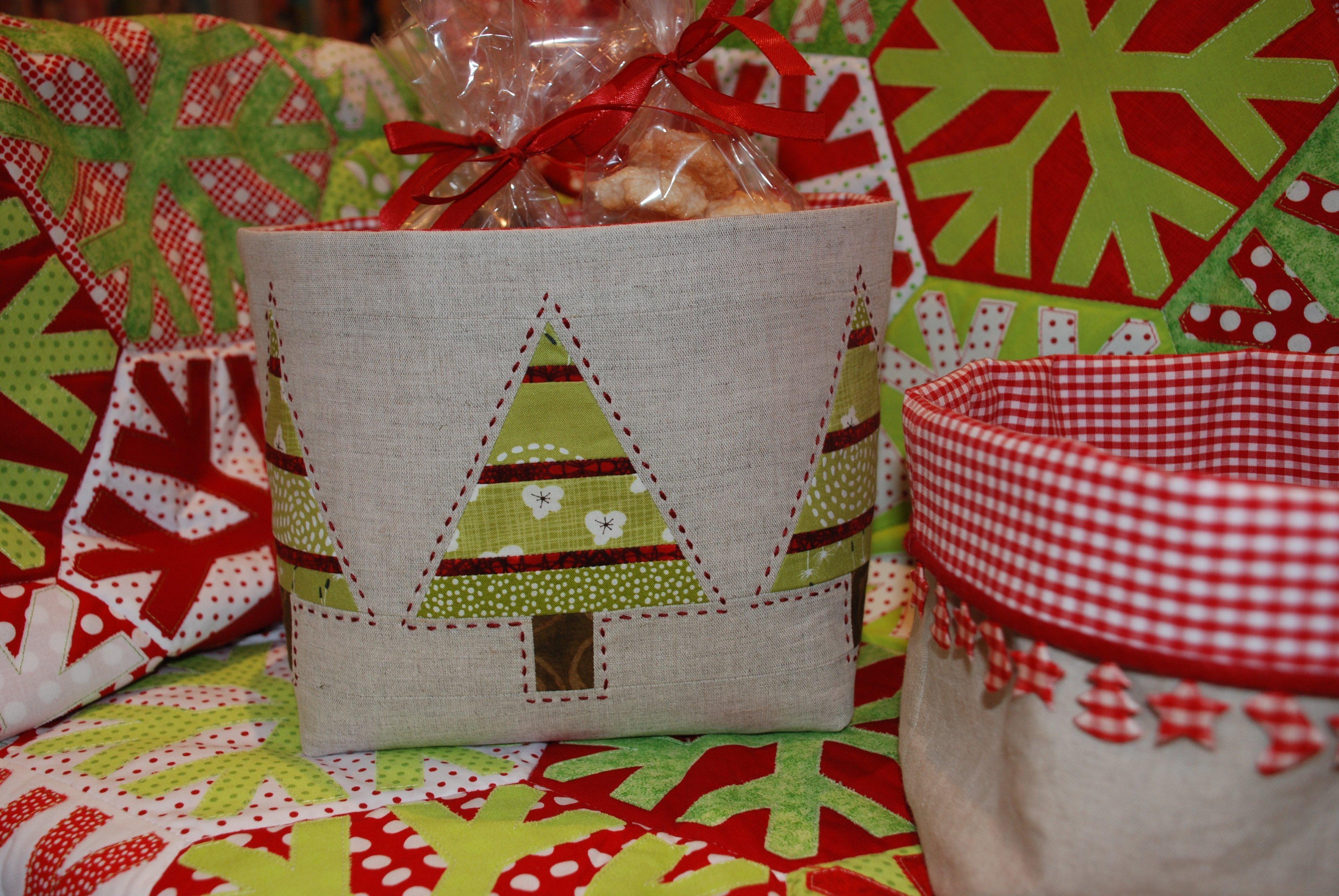 Weihnachtskörbchen & Advent calendar 2014 - the 13th door » BERNINA Blog Pezcame.Com