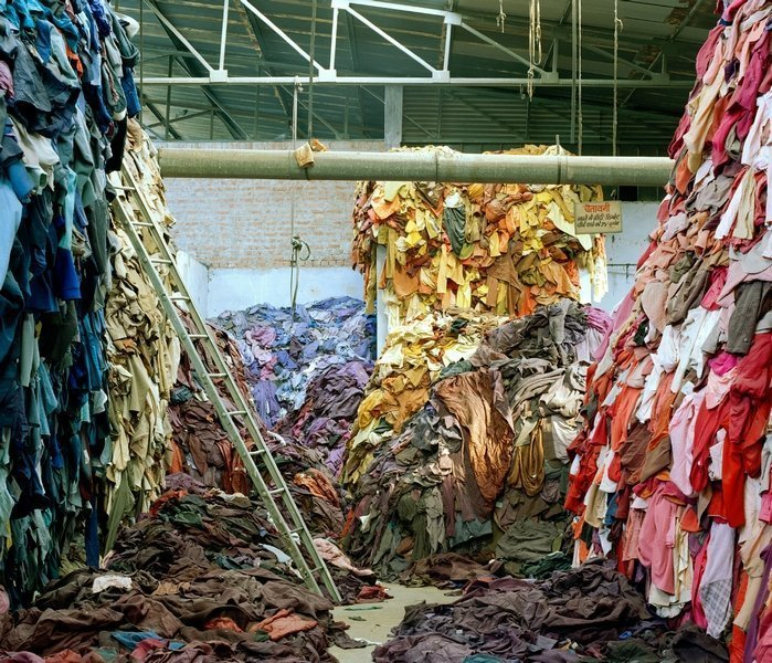 Tim Mitchell Clothing Recycled, 2005 © Tim Mitchell