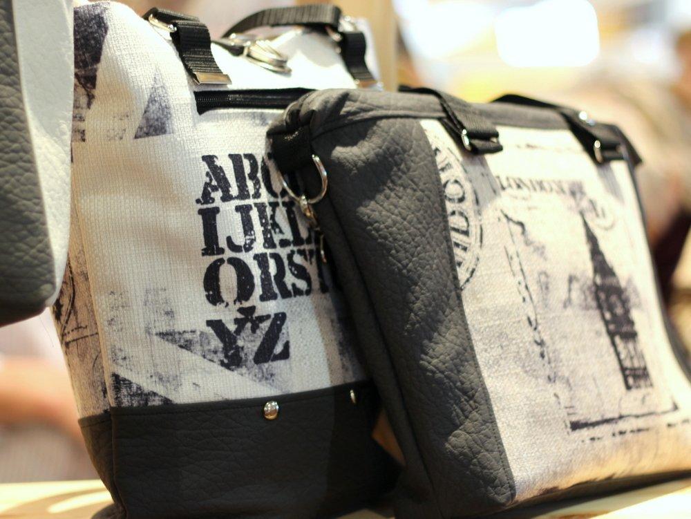Taschen aus Kunstleder und Canvas