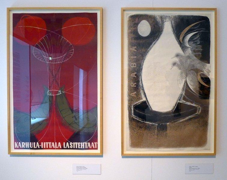 links: Timo Sarpaneva: Poster für Karhula Iittala Glas (Lithographie 1951) rechts: Tapio Wirkkala: Poster für Arabia (Lithographie, 1950) Foto mit freundlicher Erlaubnis von Designmuseo Helsinki