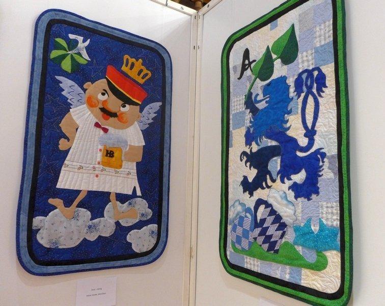 Heide Maier: Gras - König (li), Gras - Ass (re) Ausstellung 'Schafkopfquilts'