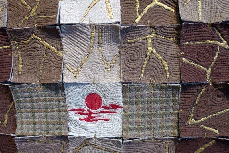 Pia Welsch: Kimono, Detail Ausstellung 'Musik trifft Stoff' - Network Quilters