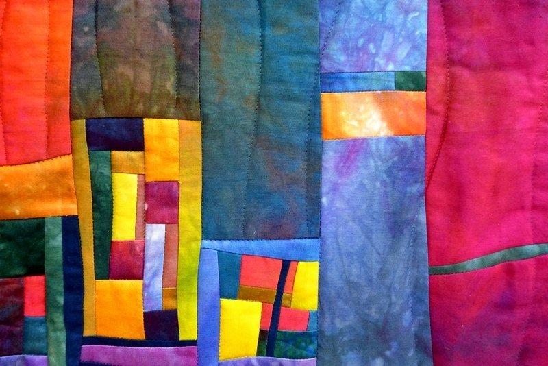 Traumstadt, Detail 'Farbe, Form, Vielfalt' - Einzelausstellung von Tina Mast