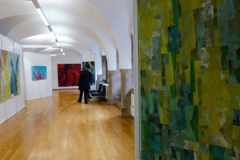 Nuance 4, Detail (vorn re) 'Giganten, Profile' - Einzelausstellung von Heike Dressler
