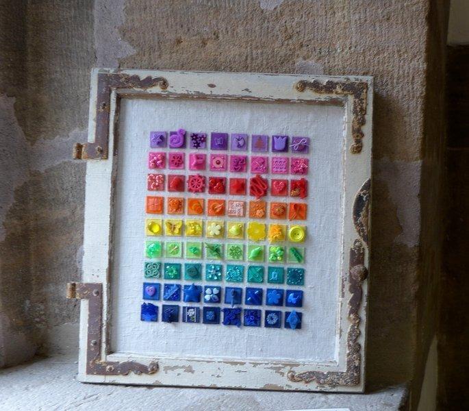Inchies - Regenbogen 'Farbe, Form, Vielfalt' - Einzelausstellung von Tina Mast
