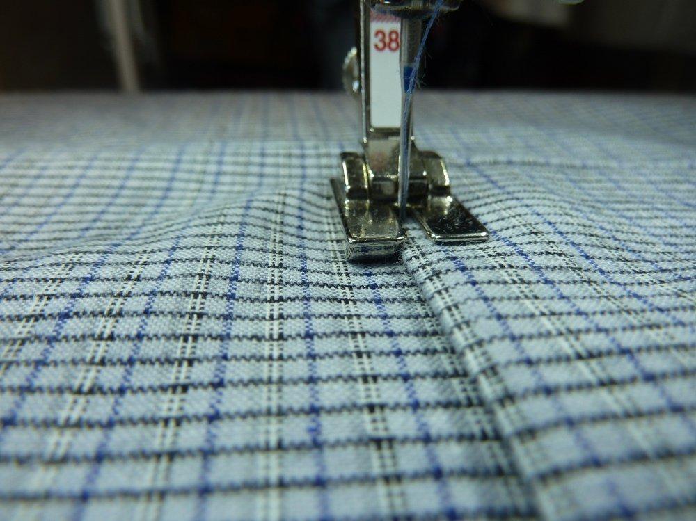 jeansrecycling teil 4 die weste wird fertig bernina blog. Black Bedroom Furniture Sets. Home Design Ideas