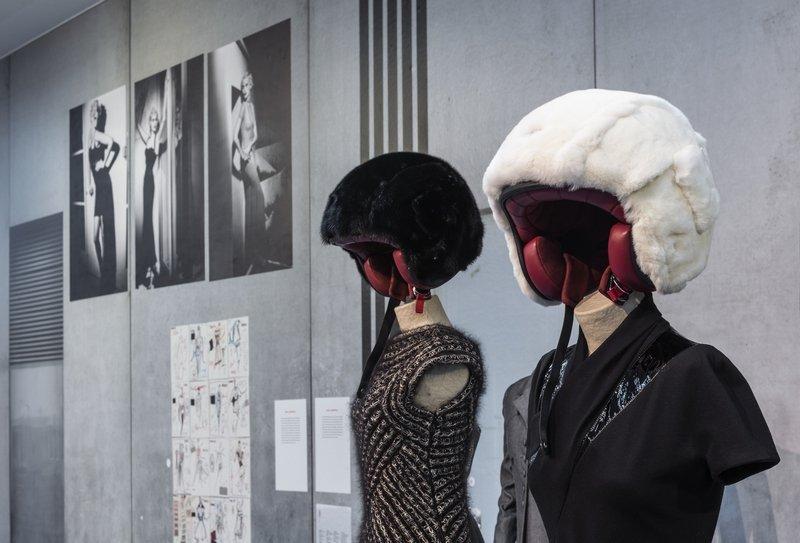 Karl Lagerfeld Karl Lagerfeld, Paris Foto: David Ertl, 2015 © Kunst- und Ausstellungshalle der Bundesrepublik Deutschland GmbH