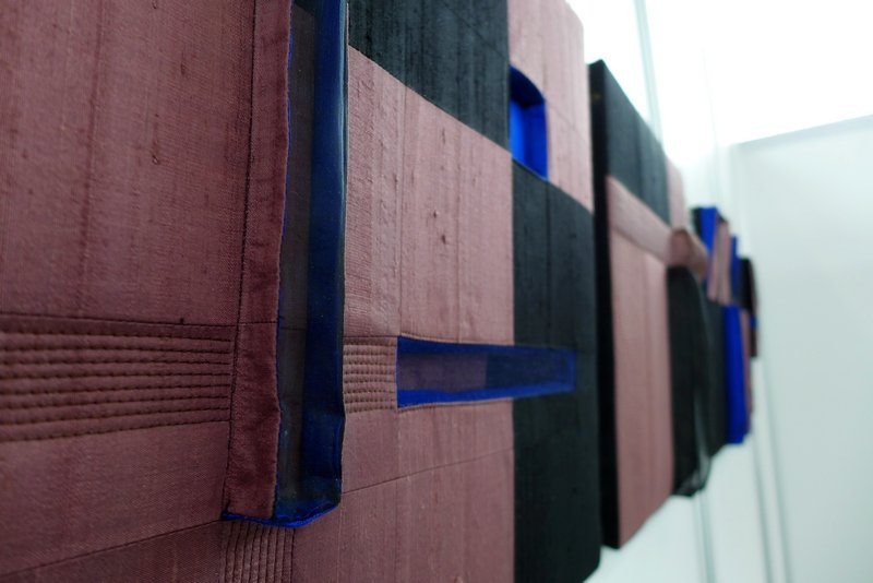 Margit Amann von Glembotzki: Geometrische Körper EX I - IV, Detail Ausstellung 'Zwischenräume'