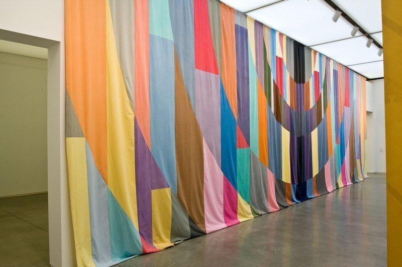 Ulla von Brandenburg (née en 1974) Curtain, 2007 Paris, Fonds national d'art contemporain ©Ulla von Brandenburg/CNAP Photo: courtesy Art Concept, Paris