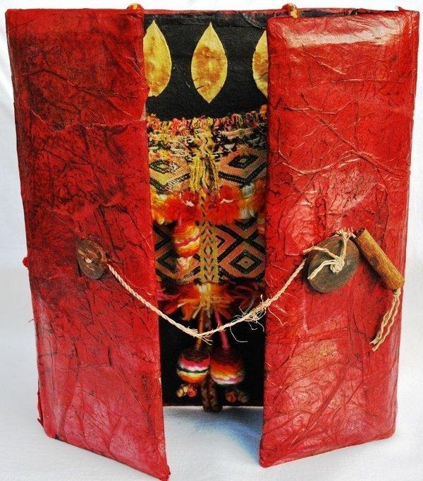 Textiles Findbuch von Hiltrud Schäfer Foto: Tuchmacher Museum Bramsche