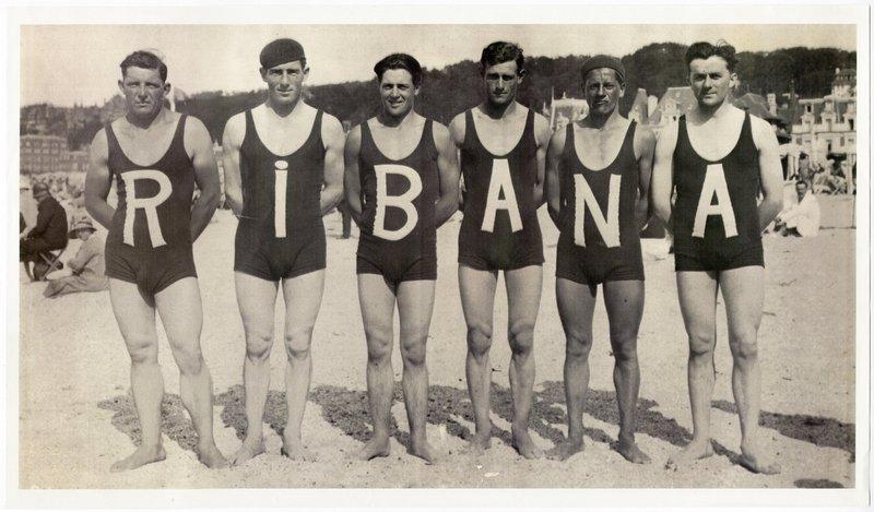 badeanzug strip nackte männer