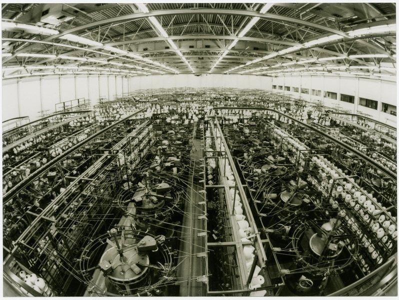 Plakat Schiesser-Fabrik, Fotografie um 1935 Schiesser AG