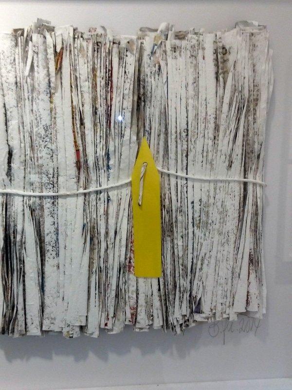 Blick in die Ausstellung 'Papier- und Naturobjekte' von Barbara Geier-Häckh Foto: Ursula Braun-Kersten