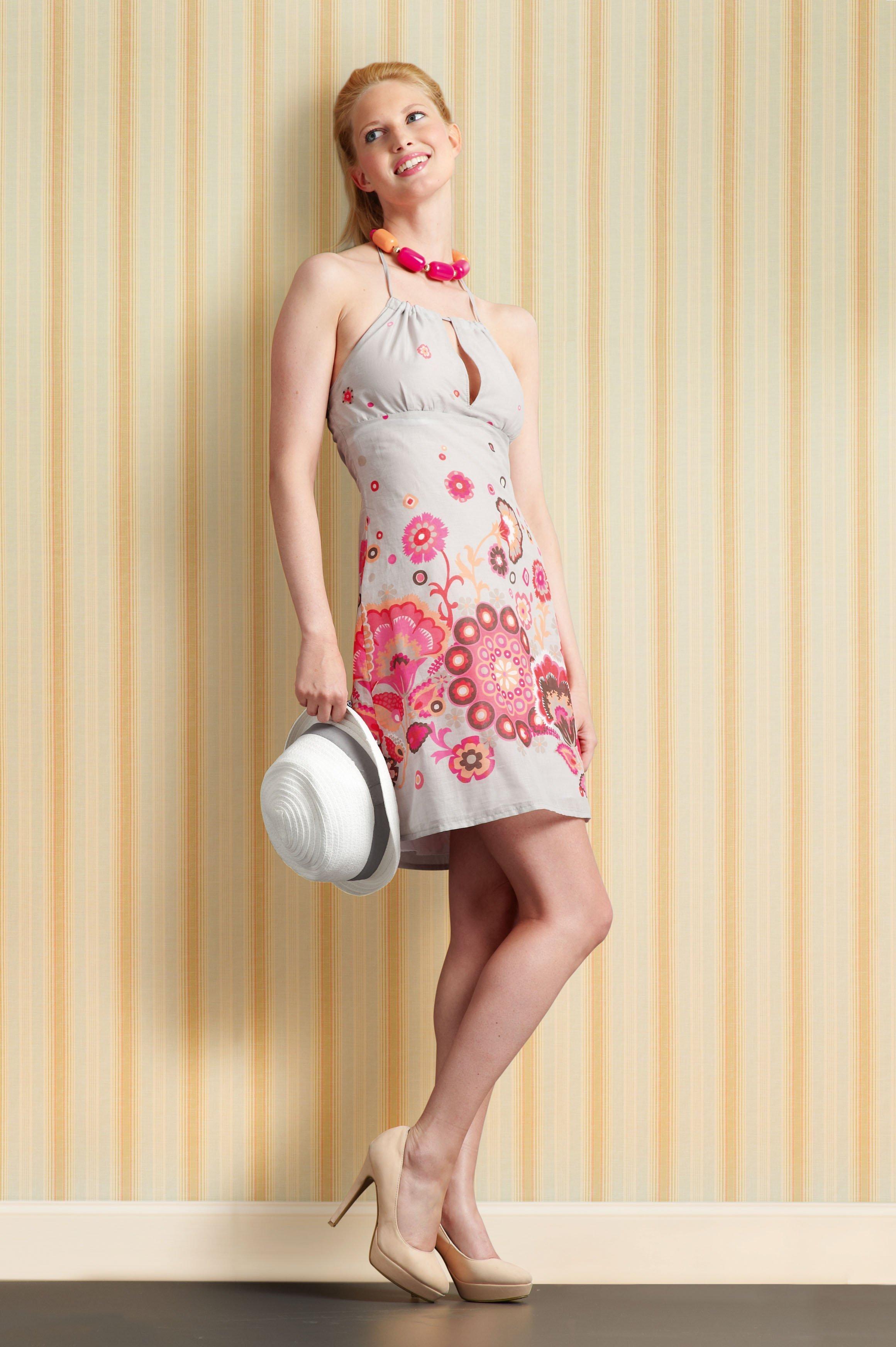 Kleid schnittmuster gratis for Tapete gelb