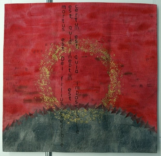 Jana Sterbova (CZ): Crown of Thorns (Dornenkrone) Ausstellung 'Die ROTE Kollektion'