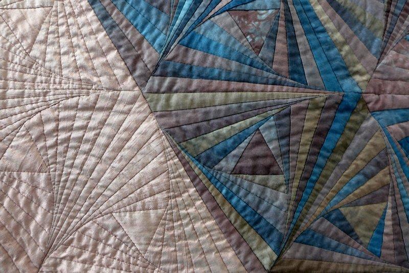 Brigitte Morgenroth: Pisa, Detail Ausstellung 'Log Cabin - heute'