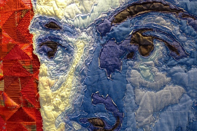 Luke Haynes: (On my bed #5) Primary, Detail Ausstellung 'Clothes Portraits' The Festival of Quilts 2015