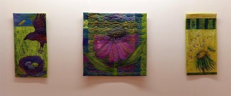 Arbeiten von Christiane Kühr Crossing Oceans Blick in die Ausstellung 'Nature' The Festival of Quilts 2015