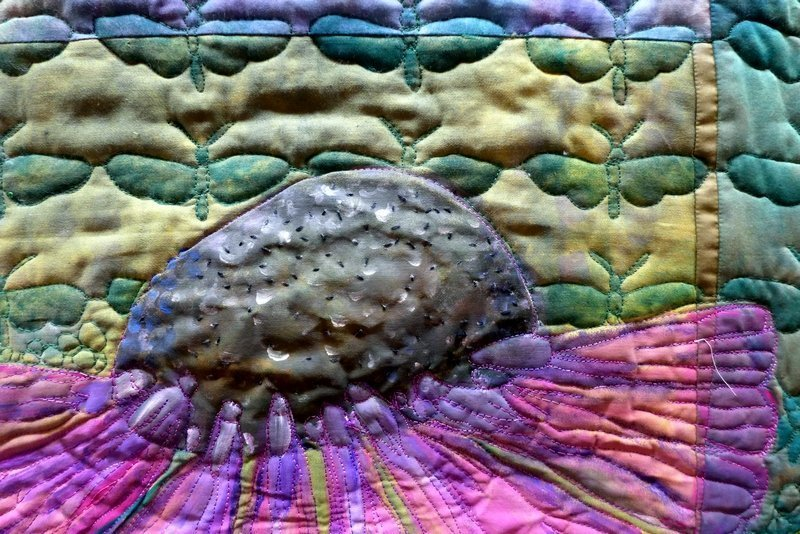 Arbeit von Christiane Kühr, Detail Crossing Oceans Blick in die Ausstellung 'Nature' The Festival of Quilts 2015