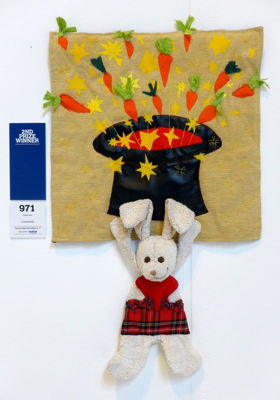 Lenni Lanu: Amazing Rabbit (Young Quilter/Embroiderer 9 - 11) The Festival of Quilts 2015