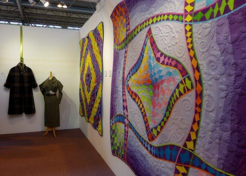 Blick in die Ausstellung von Philippa Naylor The Festival of Quilts 2015