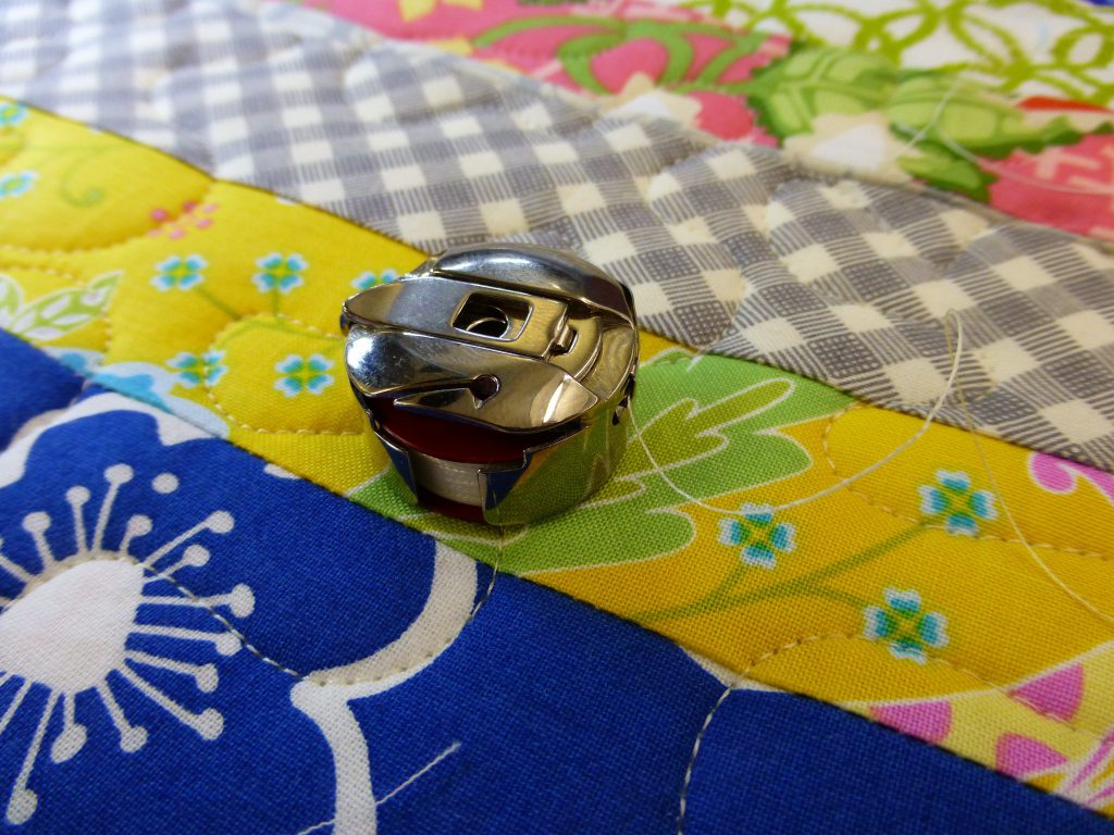 Quiltmanufaktur - Bernina Q24 Longarm - Wonky Log Cabin 2015 5