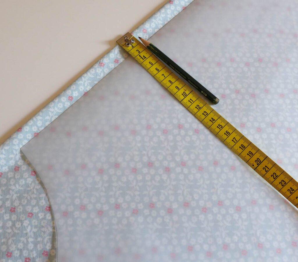 Sommerkleid mit Paspel - Nahtzugabe für die Vordere- und Hintere Mitte