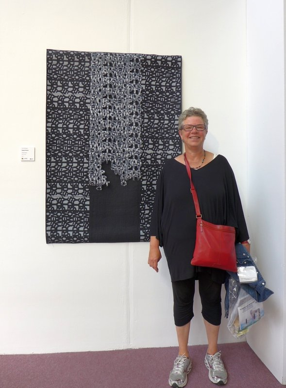 Claudia Helmer: Empty Words Ausstellung 'Fine Art Quilt Masters'  The Festival of Quilts 2015