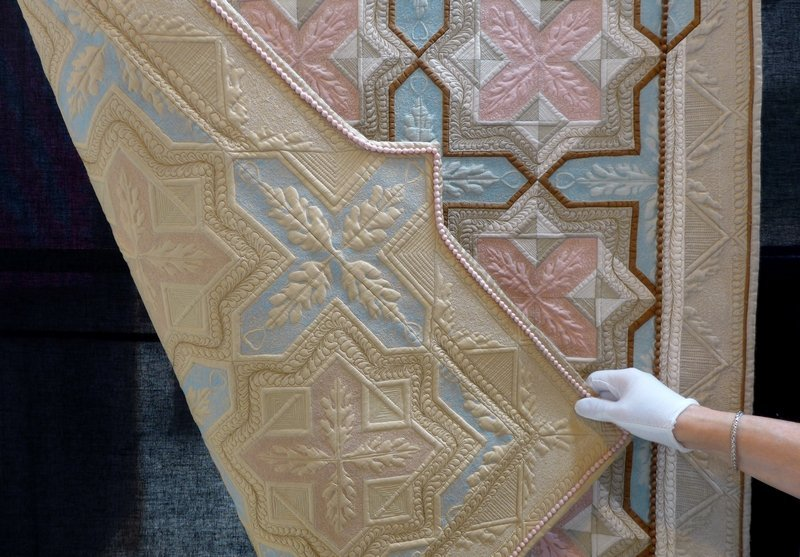 Kay Bell: Subtle Differences (Traditional Quilts) The Festival of Quilts 2015