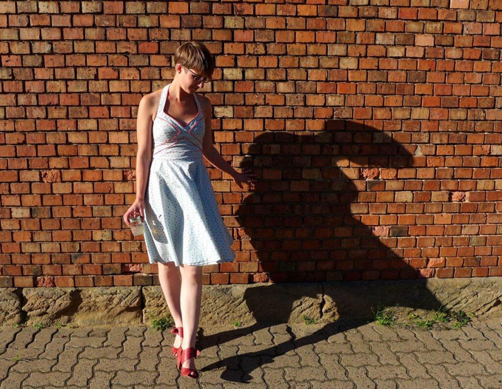 Sommerkleid mit Paspel - endlich fertig!