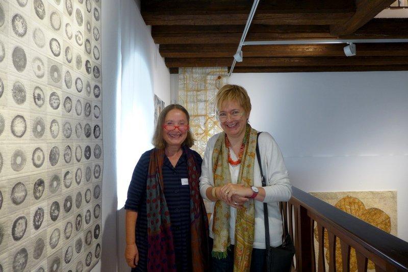 Gisela Hafer (D) (li) und Gabi Mett (D)