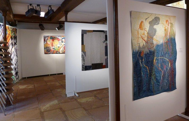 Gabriele Schneider (D): Laufsteg, Detail Marita Lappalainen (FIN): Randerscheinung, 121 x 90 cm Monika Steiner (A): Wechselspiel, 133 x 104 cm (v.l.n.r.)