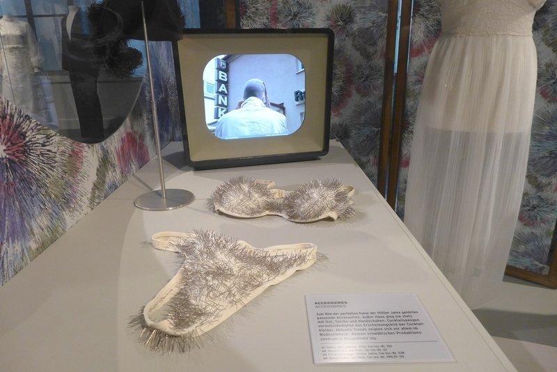 Stefanie Unruh: Athene Ausstellung KUNST | STOFF
