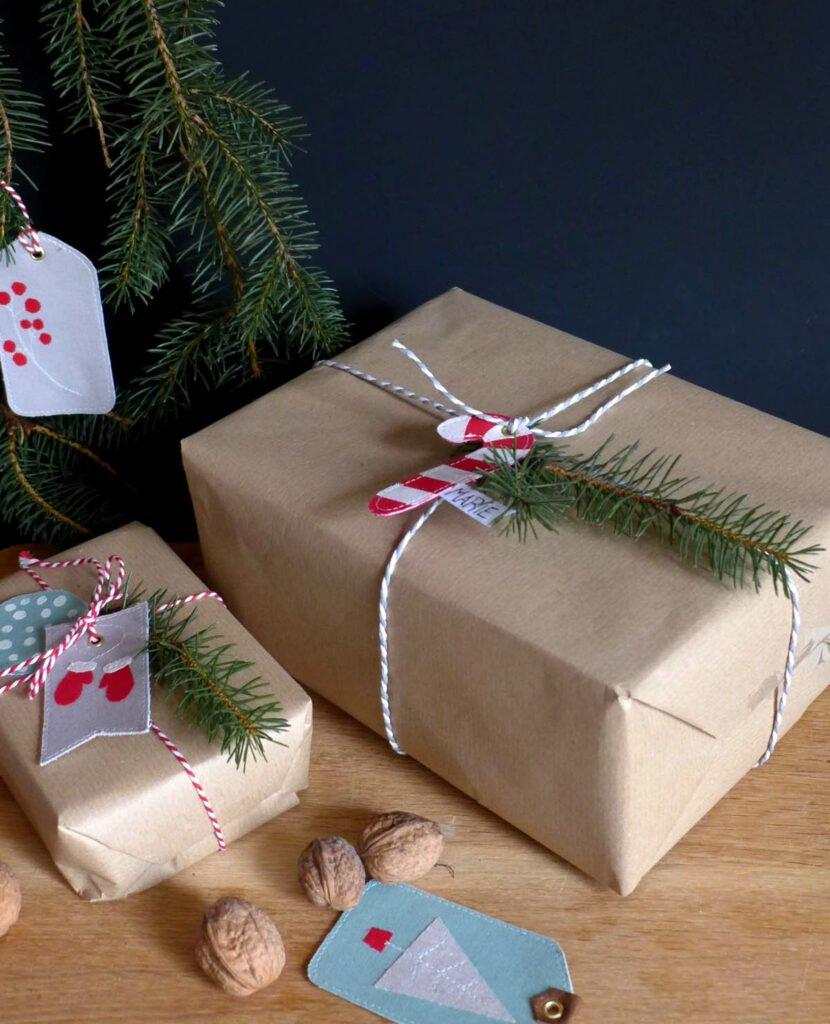 Geschenkanhänger selbstgenäht fertig