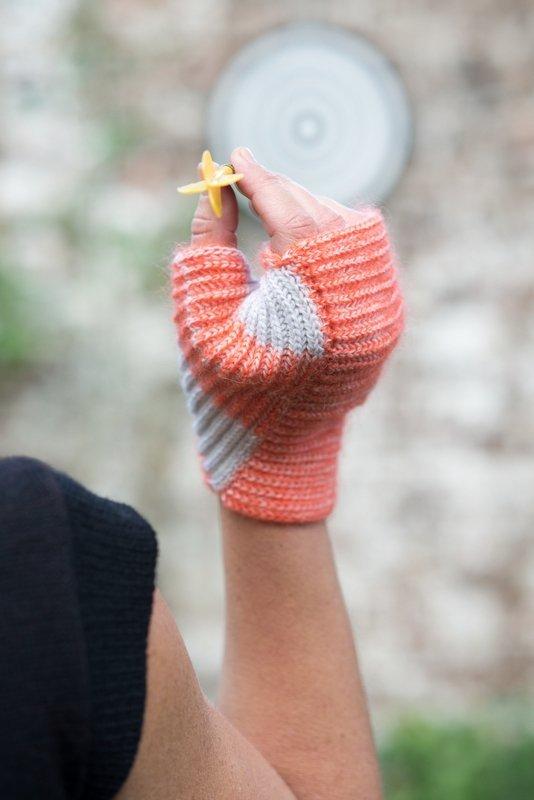 Fausthandschuhe 'Warp mittens' 2012 Foto: Filip Vanzieleghem