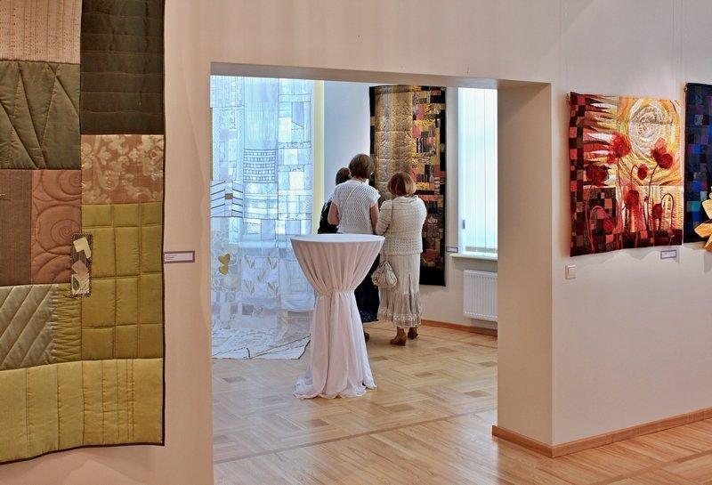 Ausstellung 'Colour Symphony'